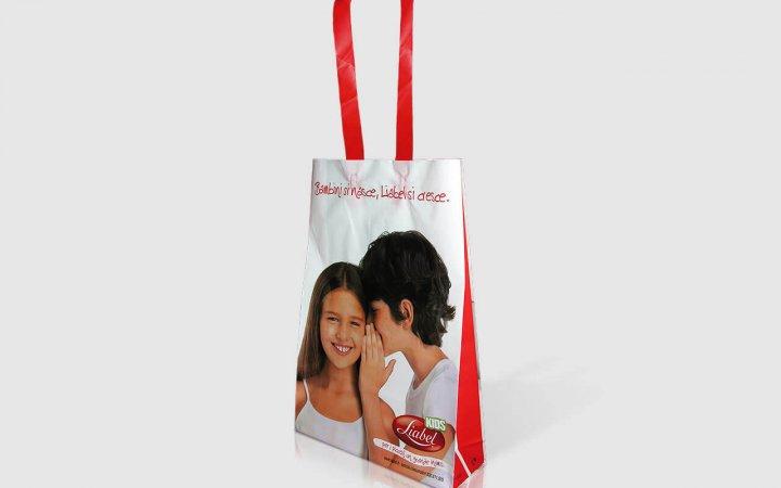 Busta flexiloop Liabel personalizzato con stampa in quadricromia e manici rossi XL